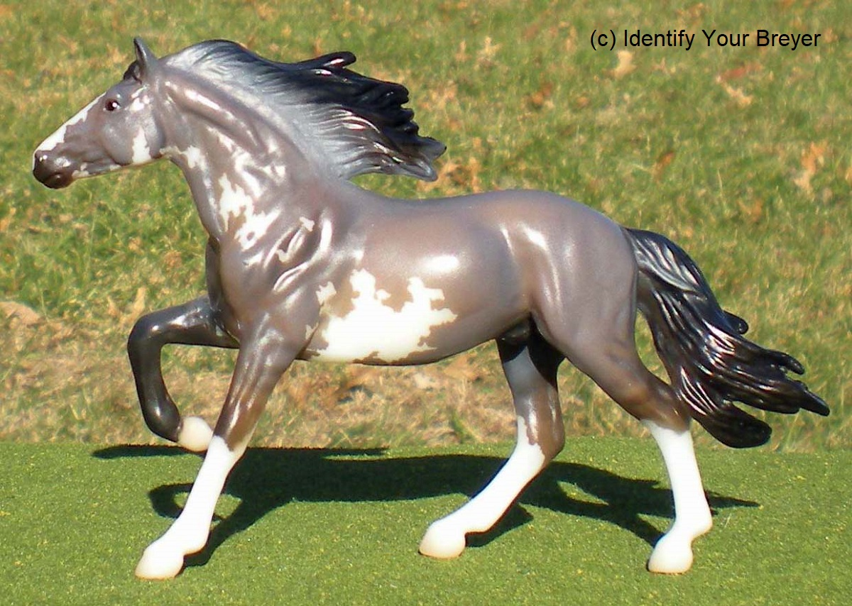 identify your breyer stablemates collectors club